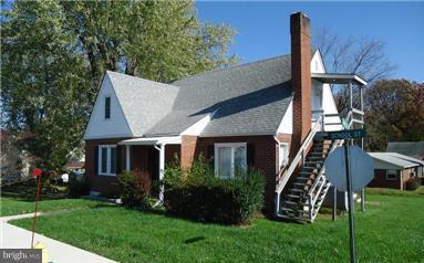 110 School Street, ROMNEY, WV 26757 (#1009948690) :: Great Falls Great Homes