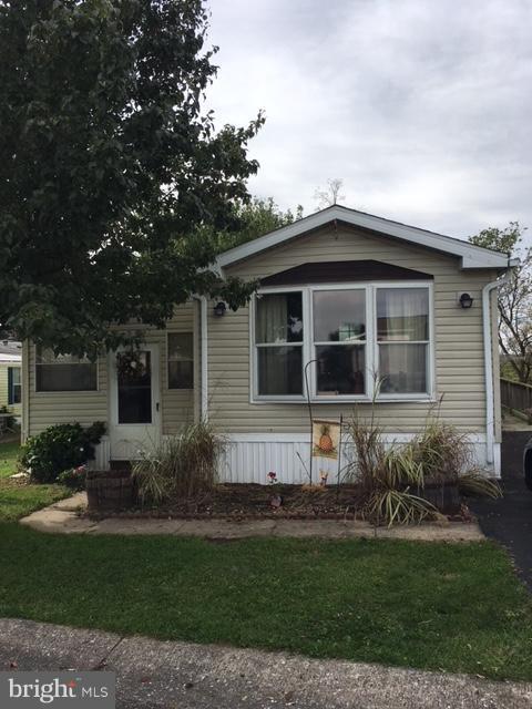 31 Ridgewood Manor, MANHEIM, PA 17545 (#1009957784) :: The Craig Hartranft Team, Berkshire Hathaway Homesale Realty