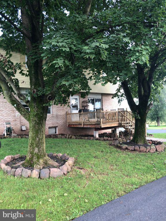 1309 Mapledale Road, ELIZABETHTOWN, PA 17022 (#1009963494) :: The Heather Neidlinger Team With Berkshire Hathaway HomeServices Homesale Realty