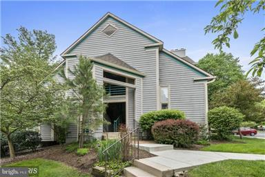 5006 Dorsey Hall Drive A-5, ELLICOTT CITY, MD 21042 (#1009963592) :: Wes Peters Group
