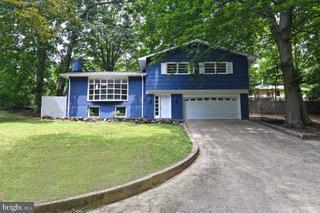 6056 Fir Road, SAINT LEONARD, MD 20685 (#1009963986) :: Gail Nyman Group