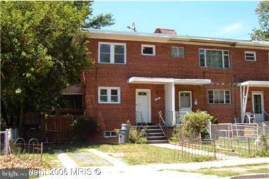 624 Maury Avenue, OXON HILL, MD 20745 (#1009972796) :: The Gus Anthony Team