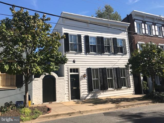 426 Lee Street S, ALEXANDRIA, VA 22314 (#1010003462) :: Colgan Real Estate