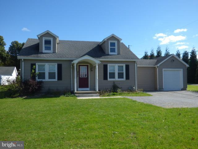 2243 S Queen Street, YORK, PA 17402 (#1010003964) :: Benchmark Real Estate Team of KW Keystone Realty
