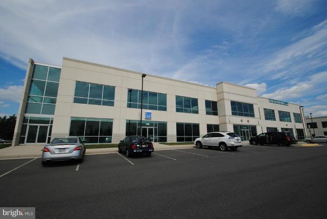 14801 Murdock Street 2A, CHANTILLY, VA 20151 (#1010007944) :: Cristina Dougherty & Associates