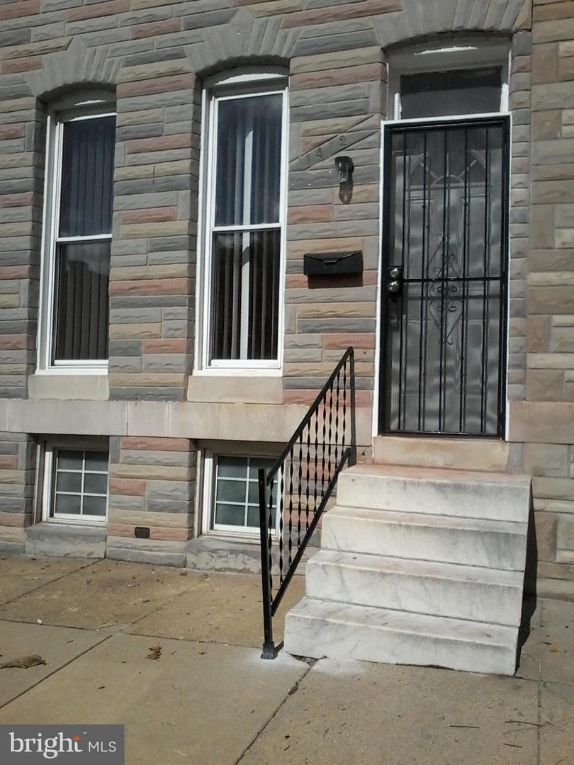 1412 Lafayette Avenue - Photo 1