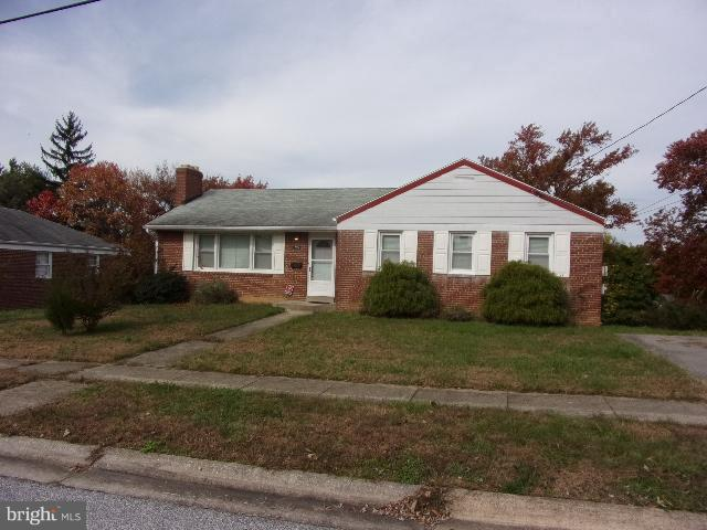 2014 Jameson Street, TEMPLE HILLS, MD 20748 (#MDPG100538) :: The Gus Anthony Team