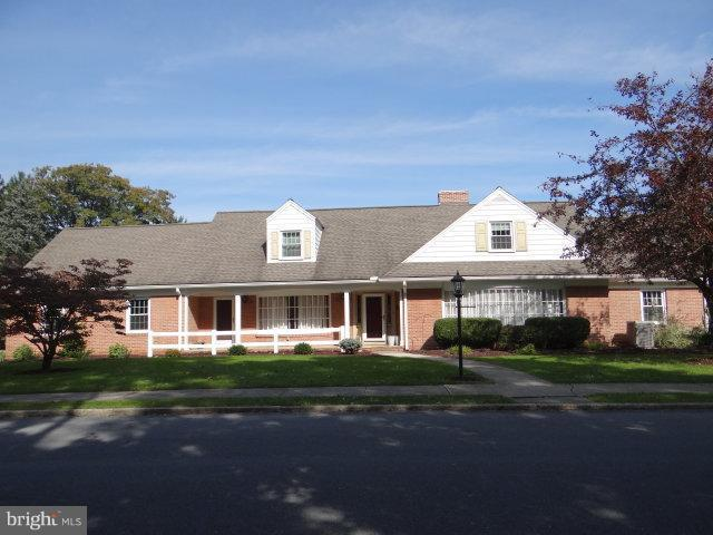 1707 Alexander Avenue, CHAMBERSBURG, PA 17201 (#PAFL100526) :: Younger Realty Group