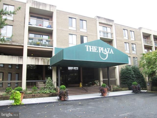 805 Howard Street #221, ALEXANDRIA, VA 22304 (#VAAX100246) :: Green Tree Realty