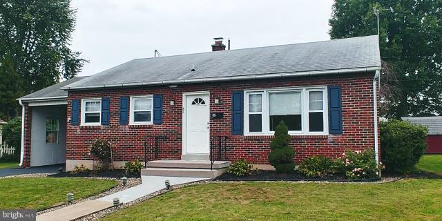 62 Runyon Road, HUMMELSTOWN, PA 17036 (#PADA101632) :: The Joy Daniels Real Estate Group