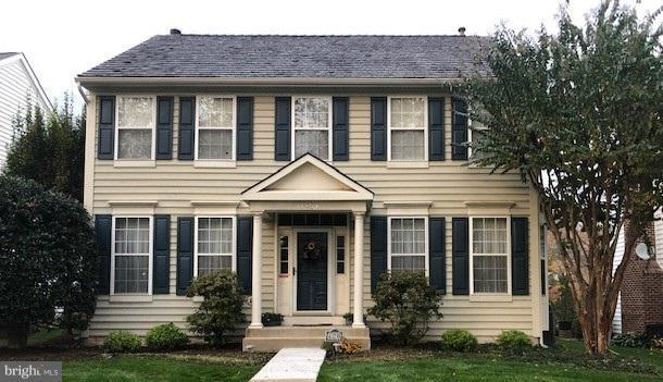 43238 Chase Street, CHANTILLY, VA 20152 (#VALO101044) :: Colgan Real Estate