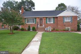 6019 Dinwiddie Street, SPRINGFIELD, VA 22150 (#VAFX103216) :: Growing Home Real Estate