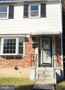 5804 Shoshone Drive, OXON HILL, MD 20745 (#MDPG102086) :: The Gus Anthony Team