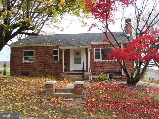 2442 Ridgewood Road, YORK, PA 17406 (#PAYK101172) :: Benchmark Real Estate Team of KW Keystone Realty