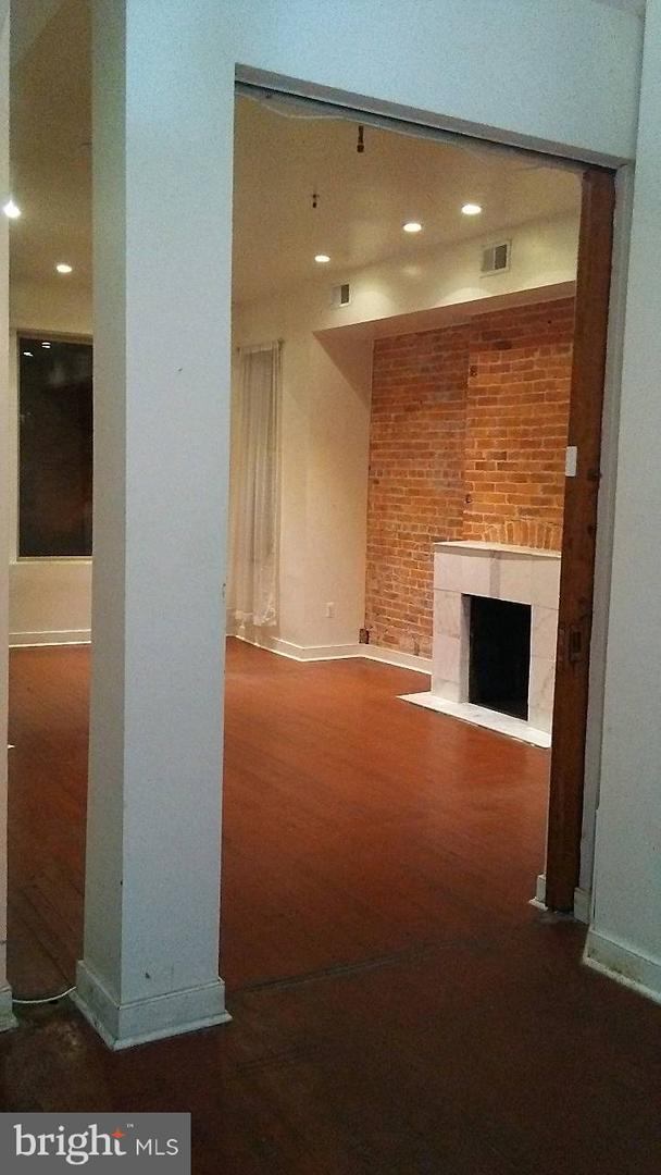 1433 Clifton Street NW #1, WASHINGTON, DC 20009 (#DCDC102794) :: Erik Hoferer & Associates