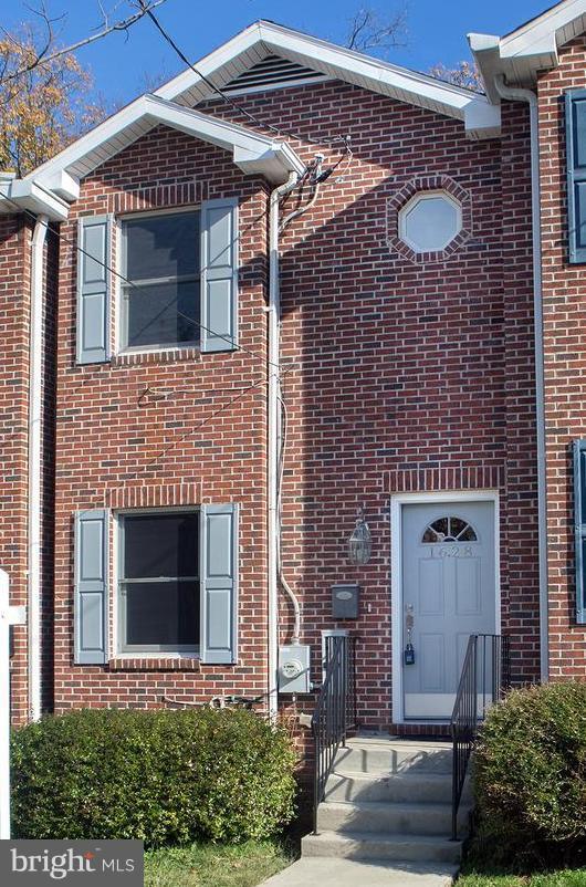 1628 27TH Street SE, WASHINGTON, DC 20020 (#DCDC102826) :: The Miller Team