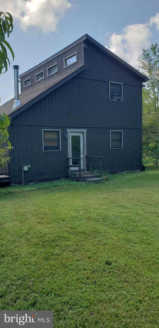 20 Candlewood Lane, GREAT CACAPON, WV 25422 (#WVMO100064) :: Hill Crest Realty