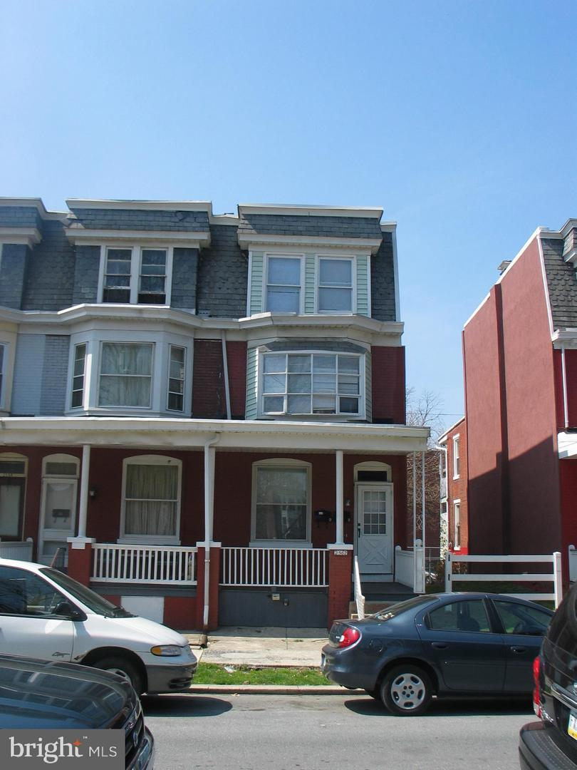 2562 Lexington Street - Photo 1