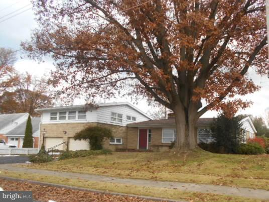 725 Floral Avenue, CHAMBERSBURG, PA 17201 (#PAFL105550) :: The Miller Team