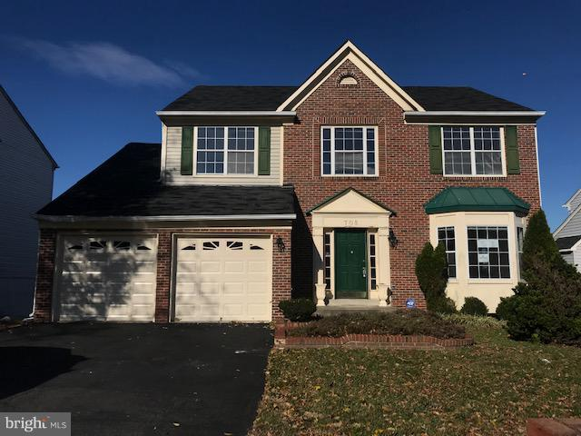 705 Falls Lake Drive, BOWIE, MD 20721 (#MDPG139862) :: Tessier Real Estate