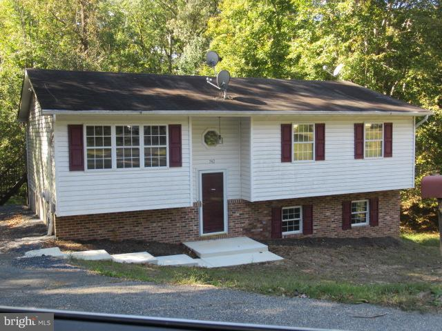 742 Skyview Drive, LUSBY, MD 20657 (#MDCA113348) :: The Maryland Group of Long & Foster