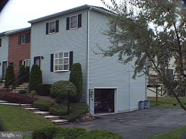 8 Russian Olive Drive, ETTERS, PA 17319 (#PAYK102824) :: Teampete Realty Services, Inc