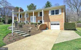 7814 Birnam Wood Drive, MCLEAN, VA 22102 (#VAFX504628) :: The Riffle Group of Keller Williams Select Realtors
