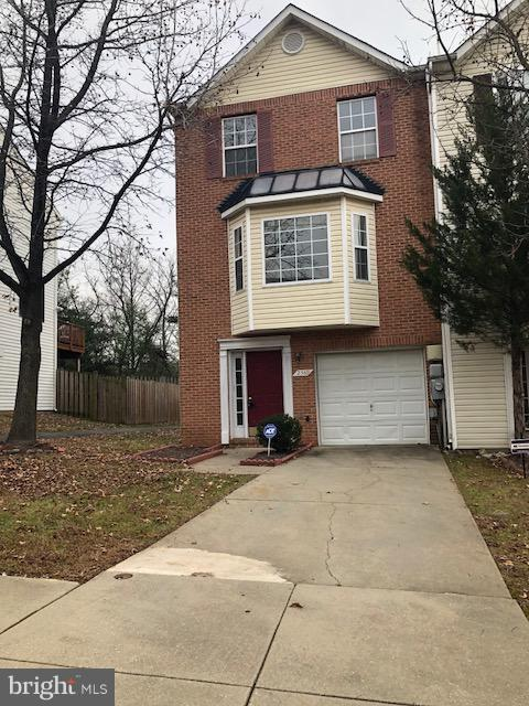 2569 Markham Lane, LANDOVER, MD 20785 (#MDPG311502) :: The Team Sordelet Realty Group