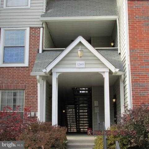 12165 Penderview Terrace #1025, FAIRFAX, VA 22033 (#VAFX535468) :: Pearson Smith Realty