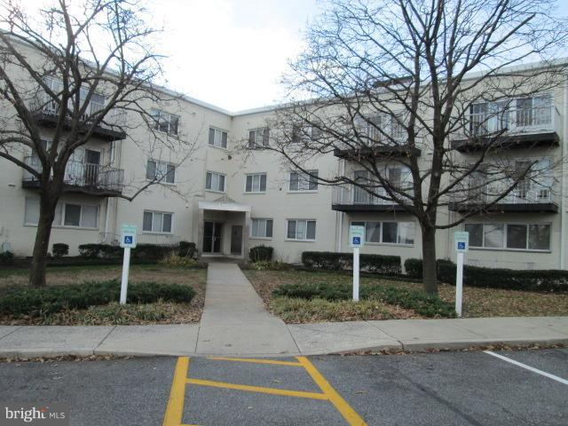 1001 Chillum Road #219, HYATTSVILLE, MD 20782 (#MDPG351922) :: Blue Key Real Estate Sales Team