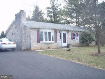 6 Autumn Drive, GETTYSBURG, PA 17325 (#PAAD102102) :: Benchmark Real Estate Team of KW Keystone Realty