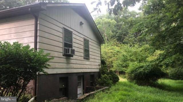 31 Aspen Lane, FRONT ROYAL, VA 22630 (#VAWR117214) :: Bob Lucido Team of Keller Williams Integrity