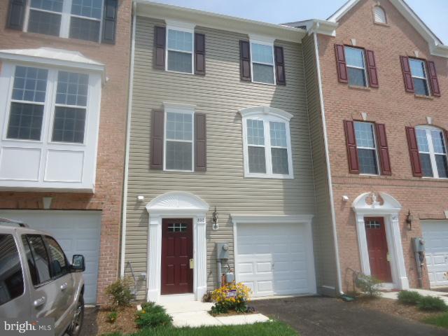 810 Blossom Drive, HANOVER, PA 17331 (#PAYK104770) :: The Joy Daniels Real Estate Group