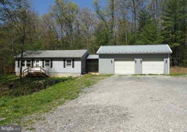 201 Plantation Road, BIGLERVILLE, PA 17307 (#PAAD102252) :: Benchmark Real Estate Team of KW Keystone Realty