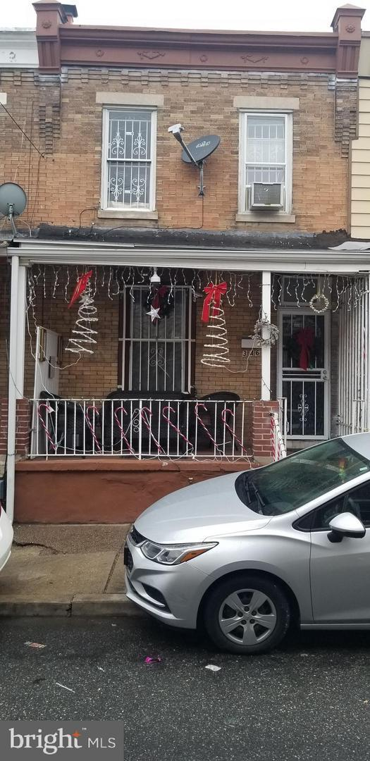 3462 Braddock Street, PHILADELPHIA, PA 19134 (#PAPH505810) :: Jason Freeby Group at Keller Williams Real Estate
