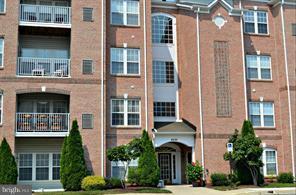 4500 Dunton Terrace 8500A, PERRY HALL, MD 21128 (#MDBC330728) :: AJ Team Realty