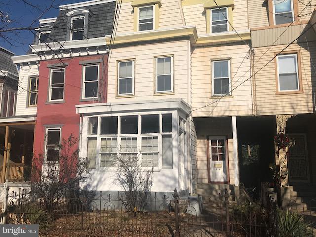 115 Linden, CAMDEN, NJ 08102 (#NJCD253286) :: McKee Kubasko Group
