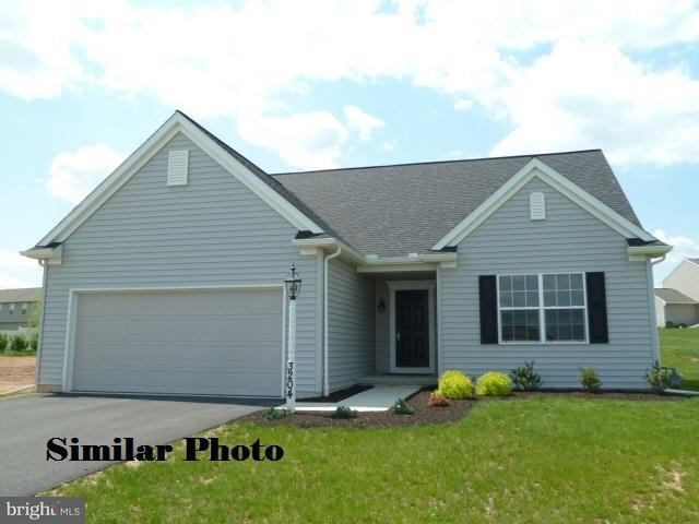 ~ Elmcrest Model, YORK, PA 17406 (#PAYK105124) :: The Heather Neidlinger Team With Berkshire Hathaway HomeServices Homesale Realty