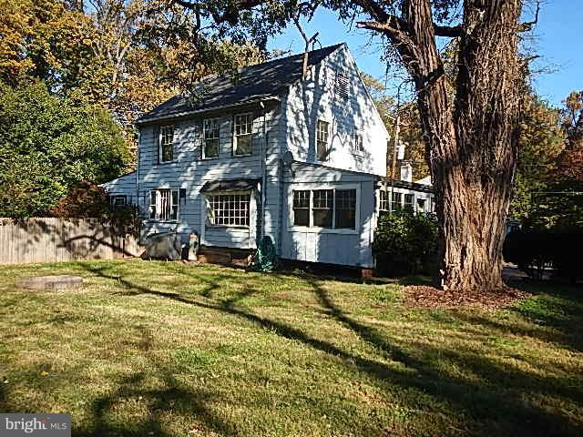 215 Washington Grove Lane, GAITHERSBURG, MD 20877 (#MDMC487062) :: Erik Hoferer & Associates