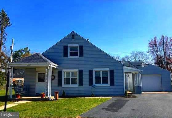 2007 Highland Circle, CAMP HILL, PA 17011 (#PACB106042) :: Benchmark Real Estate Team of KW Keystone Realty