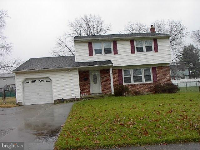 15 Oakwood Drive, CINNAMINSON, NJ 08077 (#NJBL245474) :: The John Wuertz Team
