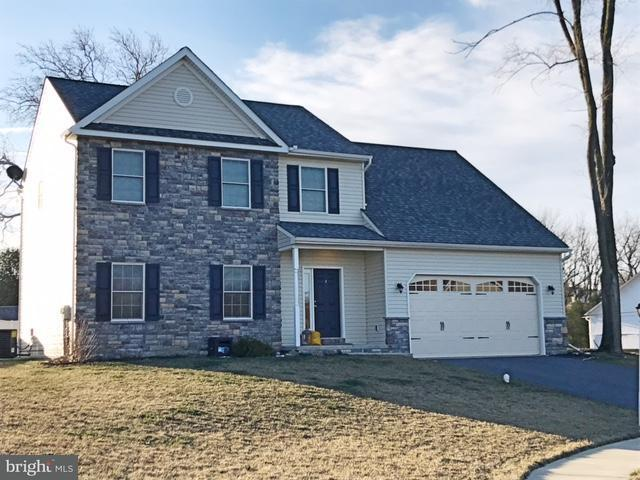 117 Fawn Drive, ELIZABETHTOWN, PA 17022 (#PALA114678) :: The Heather Neidlinger Team With Berkshire Hathaway HomeServices Homesale Realty