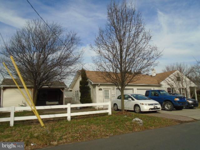 3807 Weston Avenue, BRISTOL, PA 19007 (#PABU307544) :: Jason Freeby Group at Keller Williams Real Estate