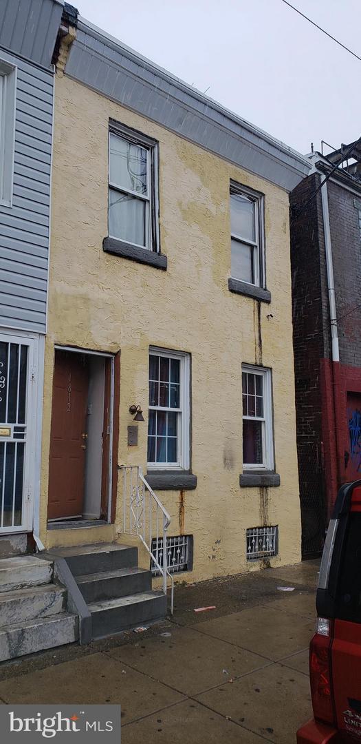 1812 E Wensley Street, PHILADELPHIA, PA 19134 (#PAPH509972) :: Jason Freeby Group at Keller Williams Real Estate