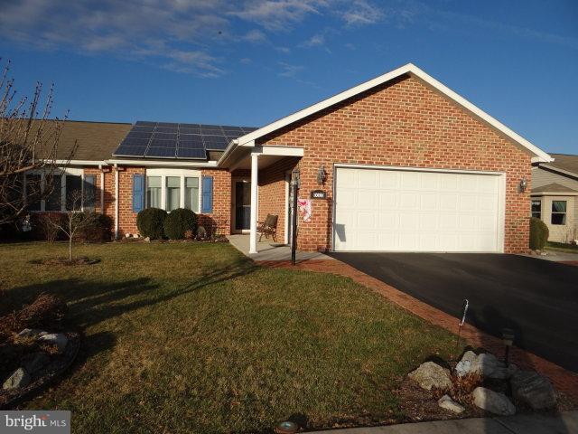241 Sunbrook Drive, CHAMBERSBURG, PA 17201 (#PAFL141314) :: The Joy Daniels Real Estate Group