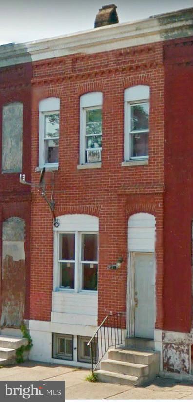 2416 E Lafayette Avenue, BALTIMORE, MD 21213 (#MDBA304862) :: ExecuHome Realty