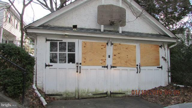607 Florence Avenue, JENKINTOWN, PA 19046 (#PAMC374170) :: Jason Freeby Group at Keller Williams Real Estate