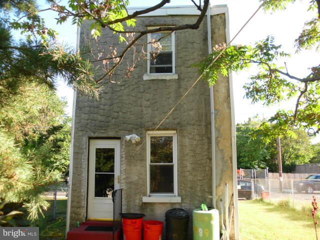 729 Cherry, CAMDEN, NJ 08104 (#NJCD254676) :: Jason Freeby Group at Keller Williams Real Estate