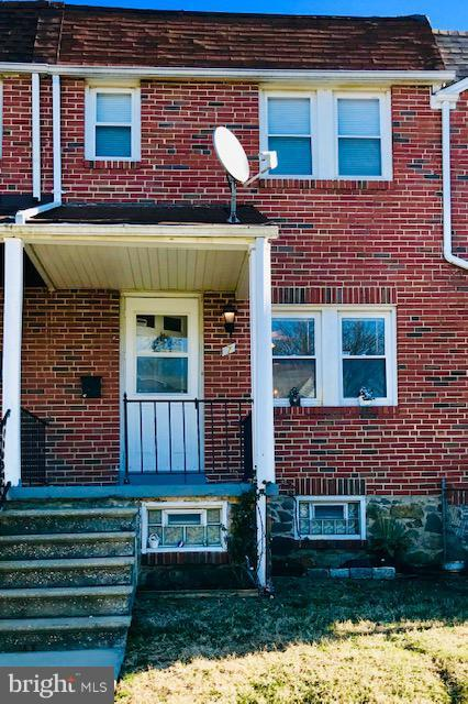 7 Warren Road, BALTIMORE, MD 21221 (#MDBC332392) :: ExecuHome Realty