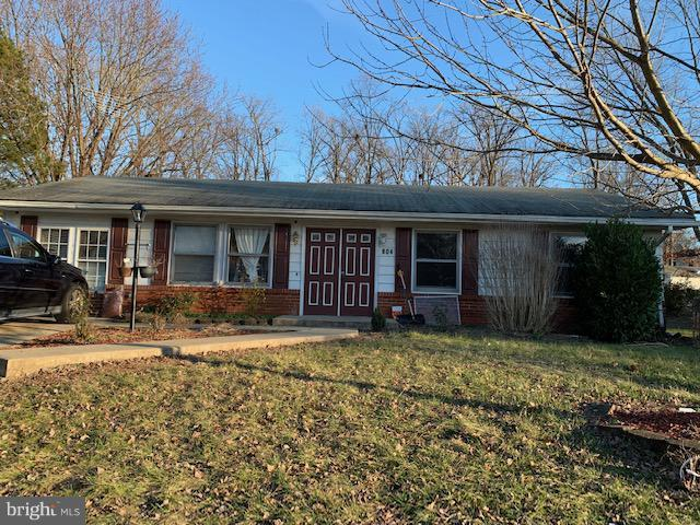 804 S Dickenson Avenue, STERLING, VA 20164 (#VALO268370) :: The Belt Team